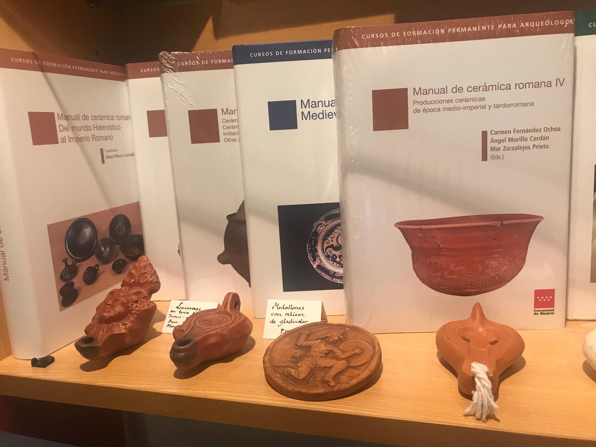 Manual de cerámica romana IV. Producciones cerámicas de época medio-imperial y tardorromana