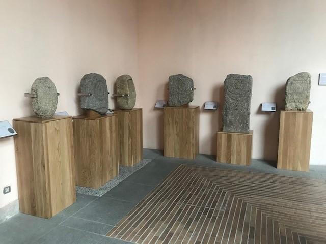 Conjunto de 6 estelas funerarias de El Tejar (Villamanta)