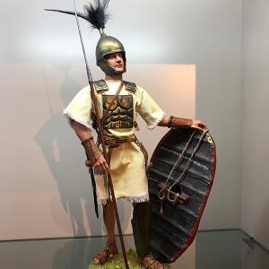 Figura artesanal de Legionario Romano Republicano I